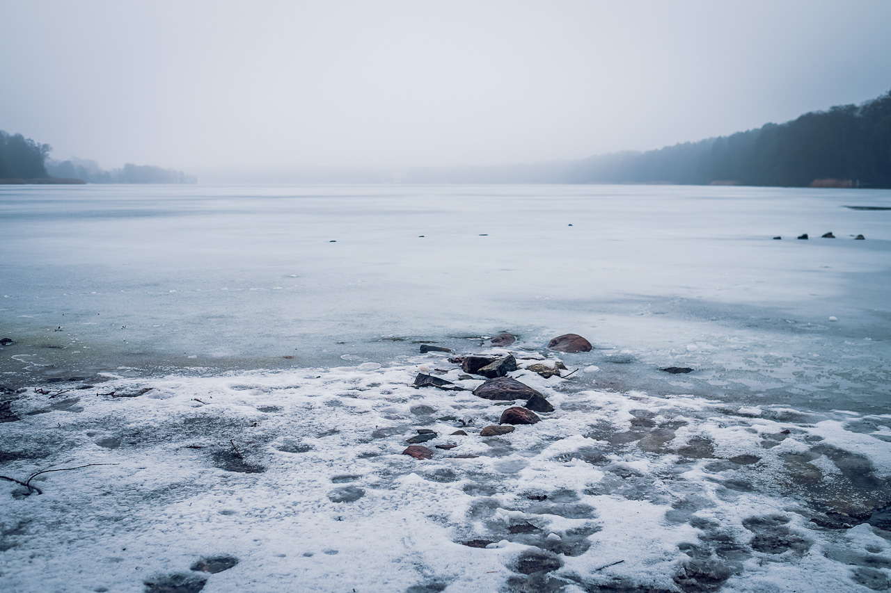 icy lake Strausberg